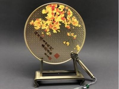 免费设计_定制_高校纪念金属圆扇样版