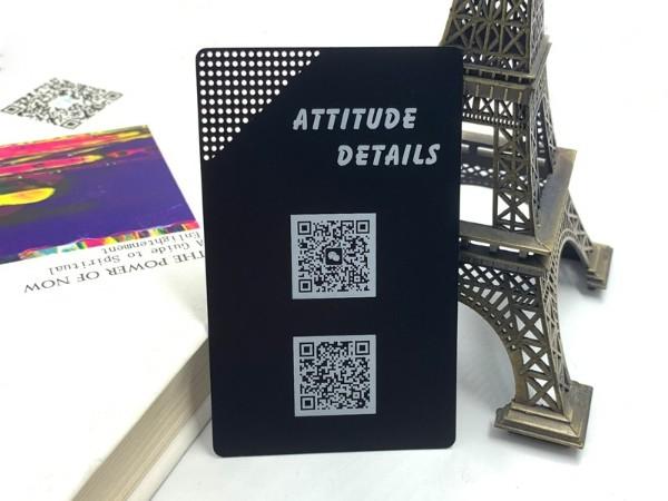 客户要求雕刻的二维码,金属名片定制