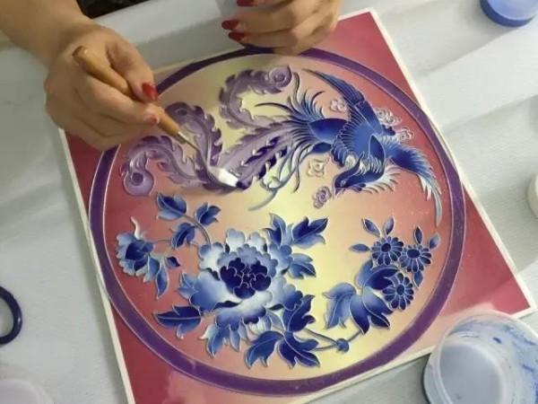 著名的手工工艺品-掐丝珐琅画