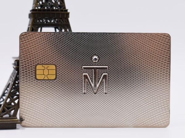 金属卡片为什么越来越受欢迎?